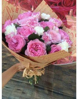 The flight of the angel | Pink roses flowers